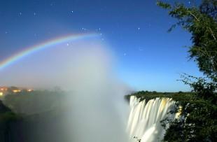 Lunar_Rainbow_Victoria_Falls_Wiki