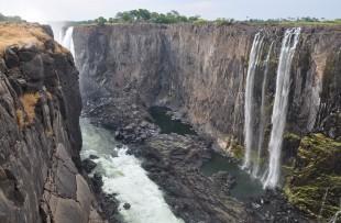 Victoria_Falls_Dry_Wiki